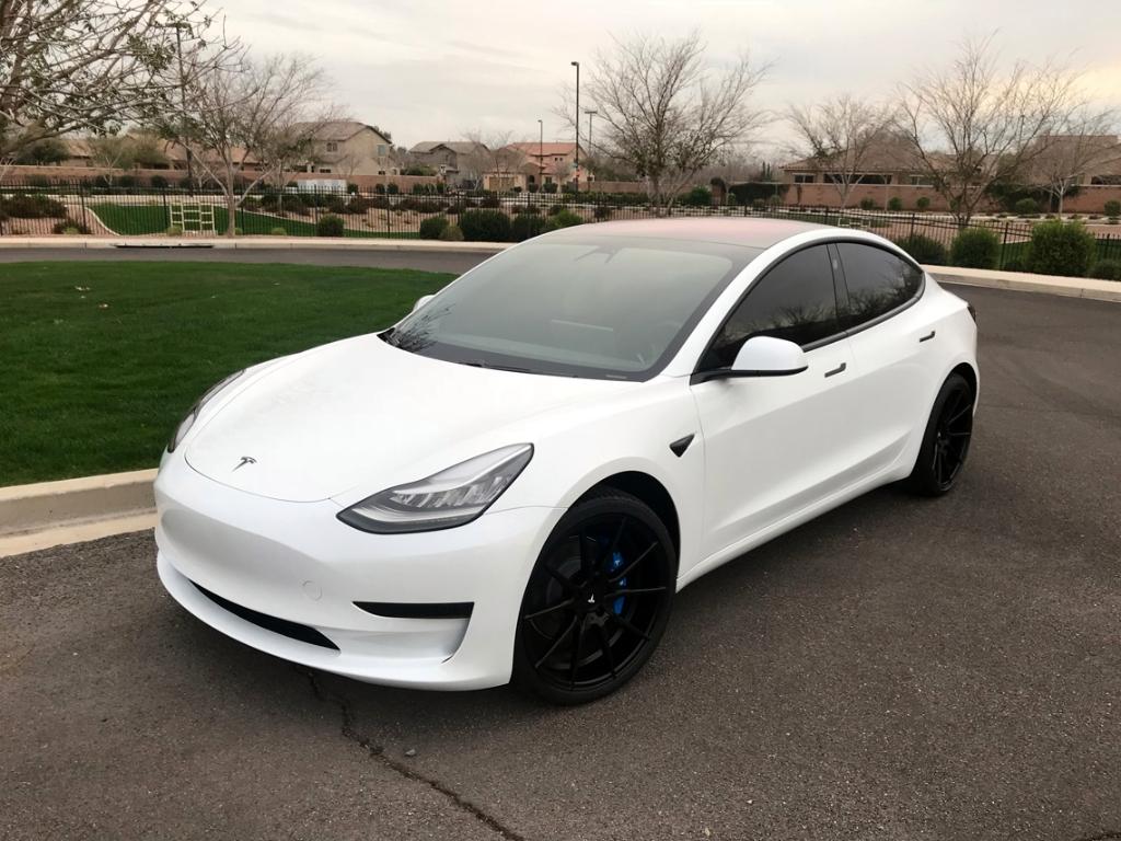 Tesla Model 3 White Ag Agwheels M652 Flow Form Monoblock Matte Black 2