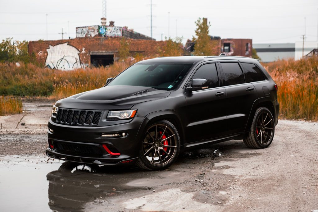jeep grand cherokee srt with 22 m652 wheels avant garde. Black Bedroom Furniture Sets. Home Design Ideas