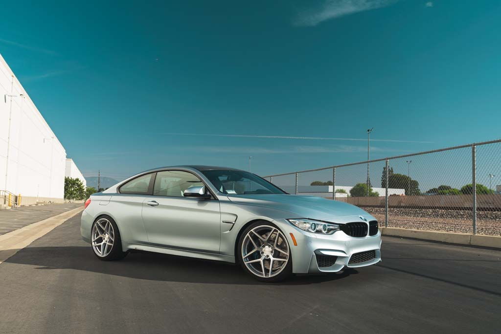 BMW F82 M4 with 20″ M650 Wheels