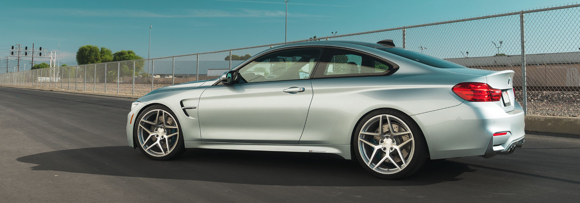 BMW F82 M4 with 20″ M650 Wheels